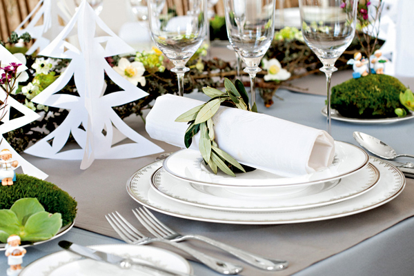 5 Steps To Holiday Tablescape Design