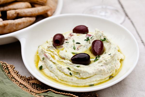 Recipe: Garlic Feta Dip (aka The Party Starter)