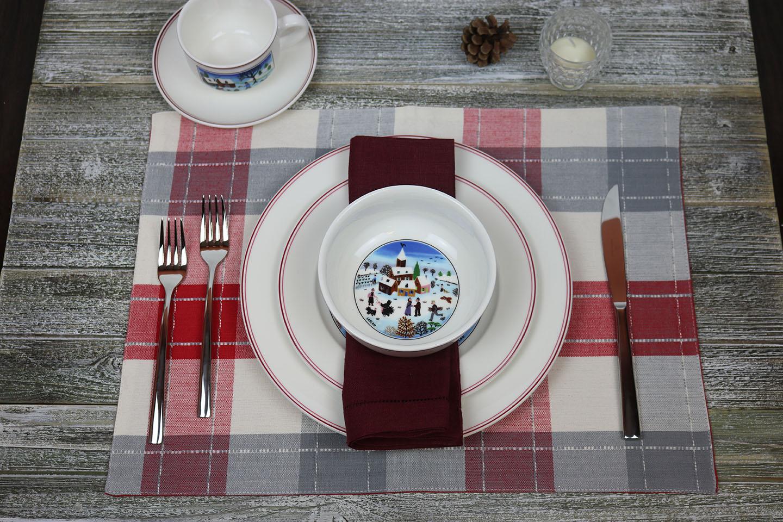 Design Naif Christmas dinnerware