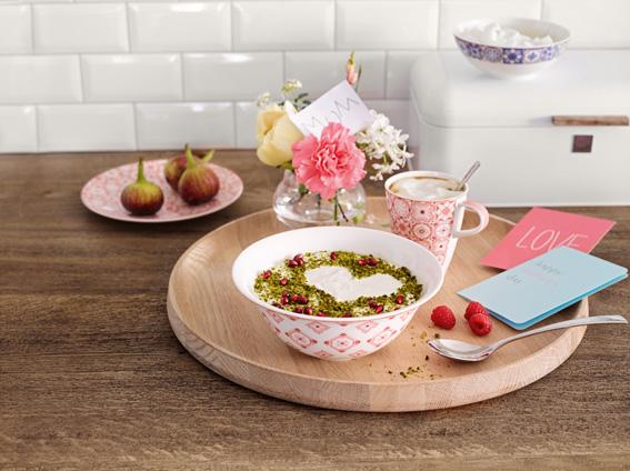 Modern Dining Rosé Caro