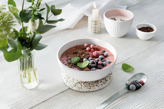 Smoothie Bowl With Frozen Berries